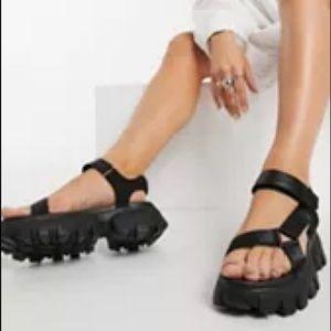 ASOS New Women's Chunky Sandal Black size 41